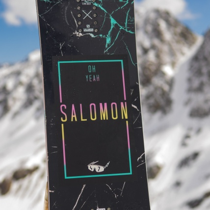 Salomon Oh Yeah Womens Snowboard at Spring Break Snowboard Test top sheet graphic detail